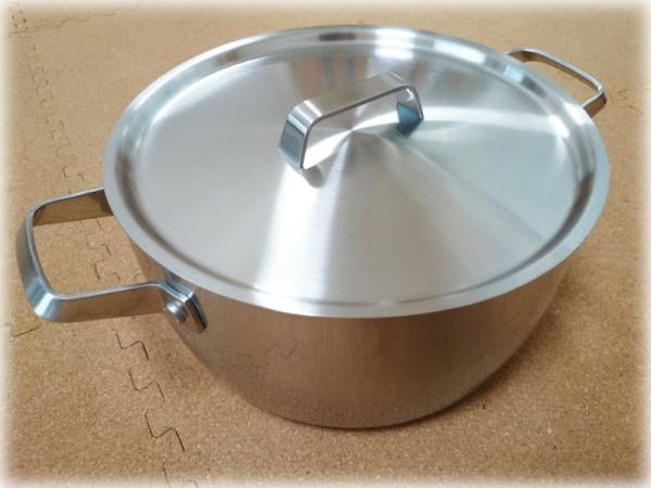 無印のステンレス両手鍋