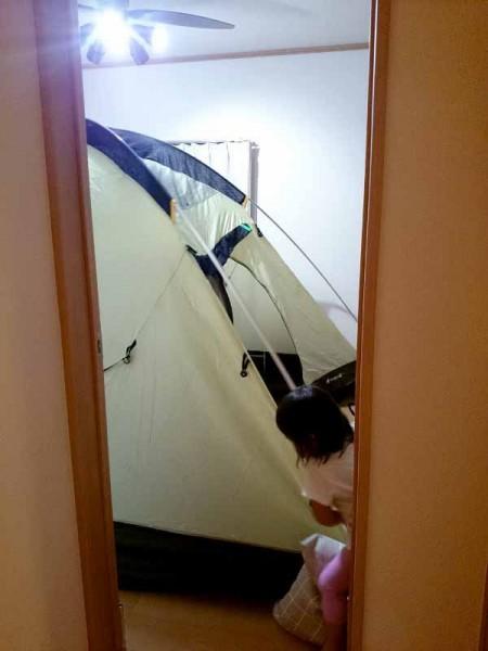 スノーピーク SDE-001 アメニティドームを部屋の外から見る