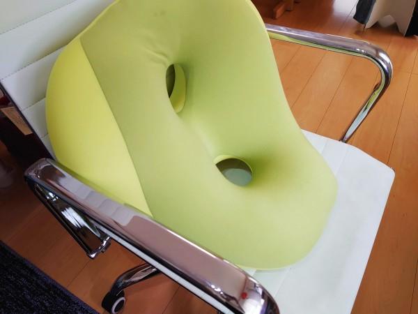 MOGUシットジョイの小さい座面